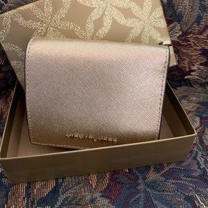 Michael Kors 🎁 Jetset small wallet Gold
